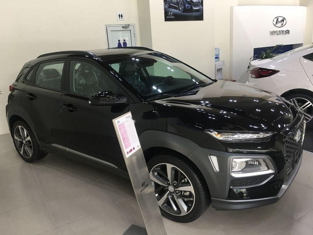 Cần bán xe Hyundai Kona sản xuất năm 2019, nội thất đẹp (3)