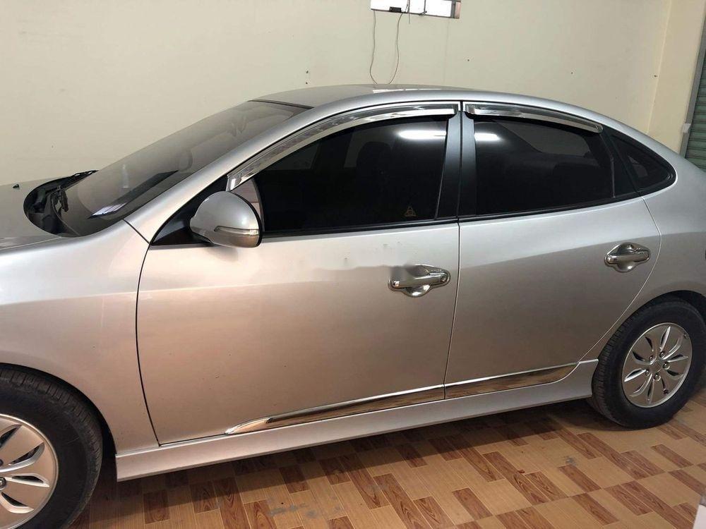 Bán Hyundai Avante năm 2014, màu bạc (3)
