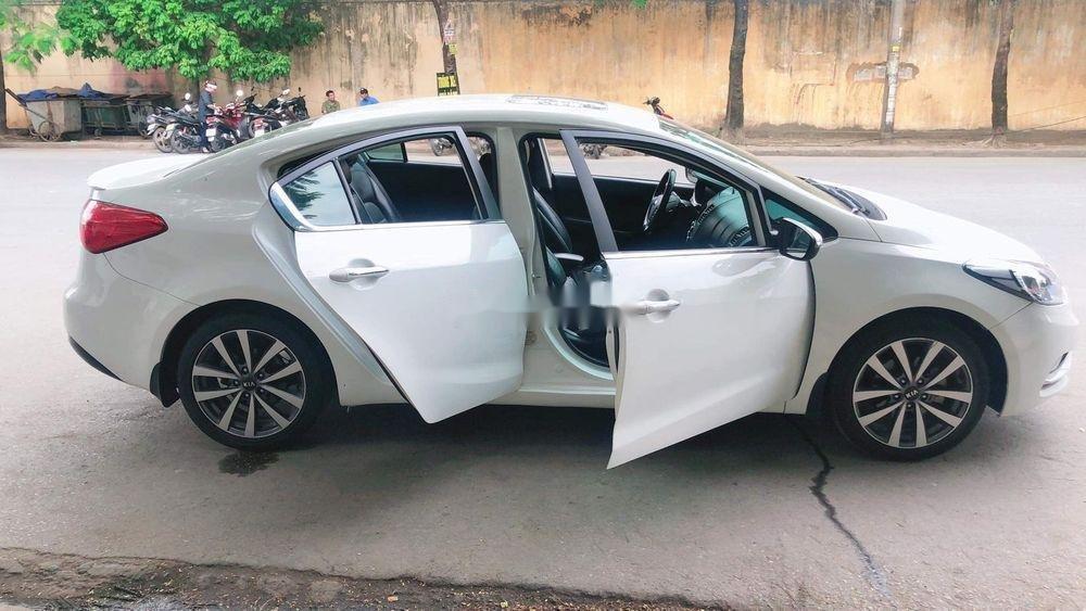 Cần bán gấp Kia K3 2014, màu trắng chính chủ, 465tr (2)