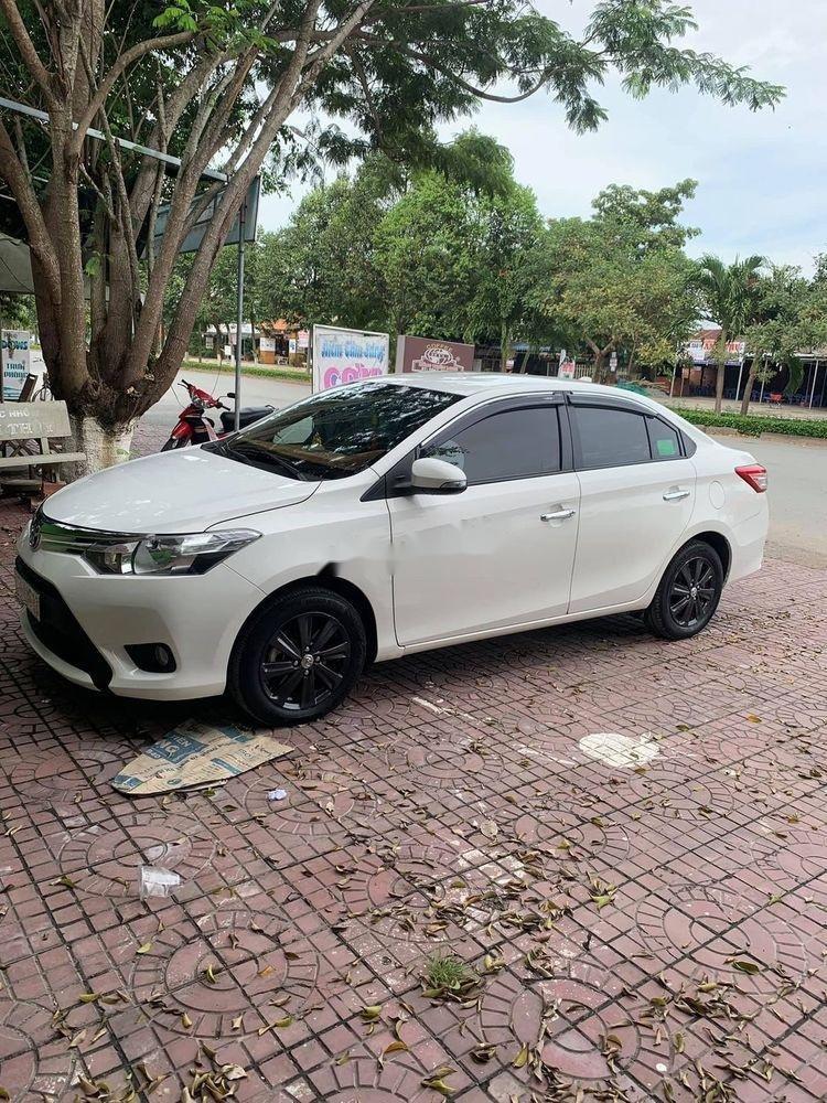 Cần bán Toyota Vios đời 2017, màu trắng, xe cũ (1)