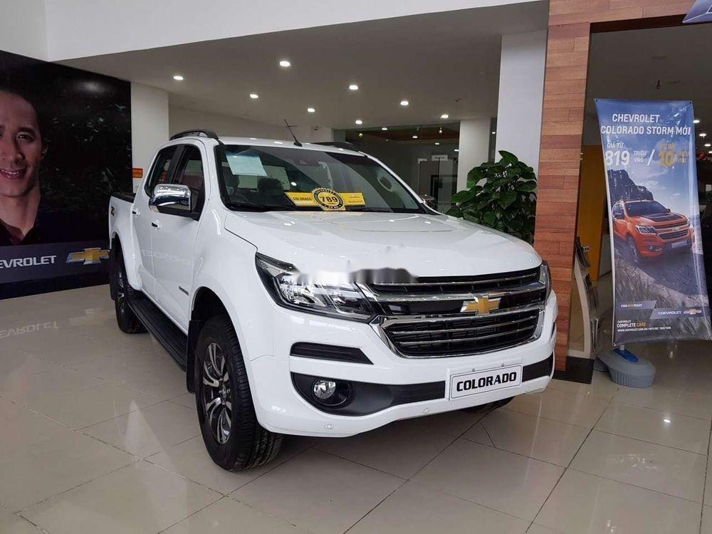 Bán xe Chevrolet Colorado sản xuất 2019, màu trắng, nhập khẩu nguyên chiếc  (6)