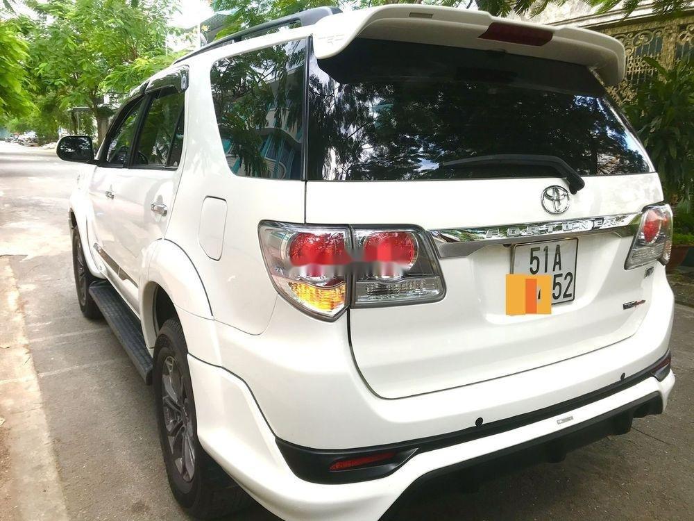 Cần bán lại xe Toyota Fortuner AT 2015, màu trắng  (2)