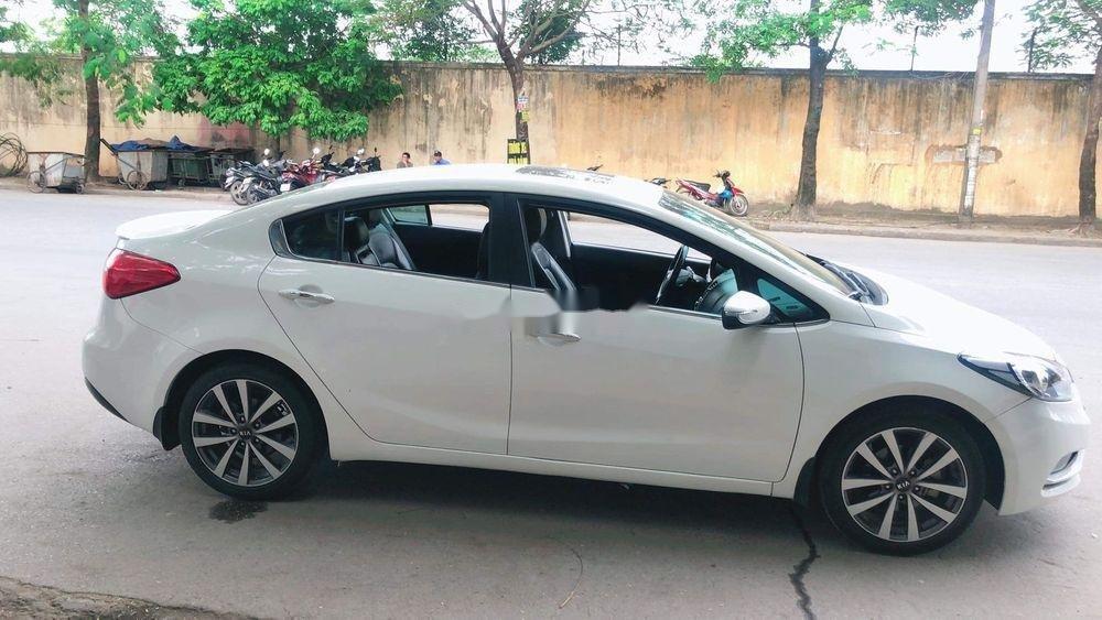 Cần bán gấp Kia K3 2014, màu trắng chính chủ, 465tr (1)