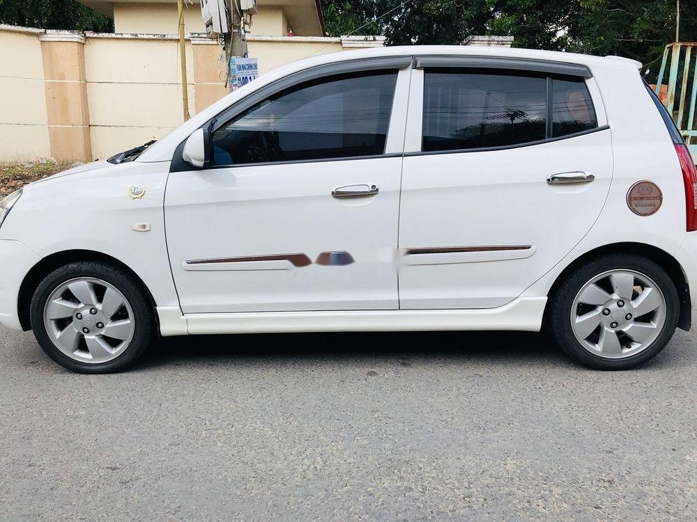 Cần bán gấp Kia Morning đời 2009, màu trắng, nhập khẩu nguyên chiếc xe gia đình, giá tốt (2)