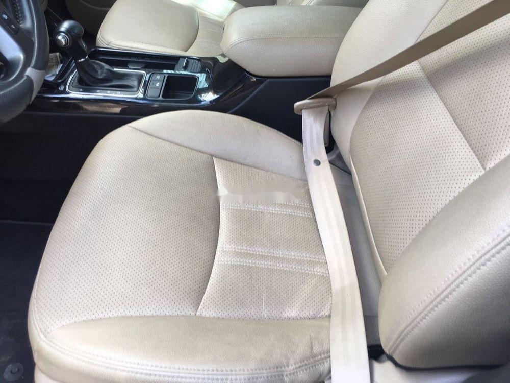 Cần bán Kia Sorento  2.2 bản DATH sản xuất 2016, màu trắng (4)