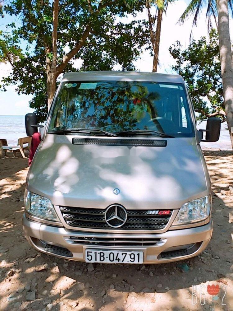 Cần bán xe Mercedes Sprinter đời 2011, màu bạc, xe nhập, 340tr (1)