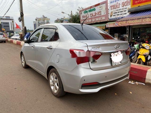 Bán Hyundai Grand i10 1.2 AT đời 2018, màu bạc (2)