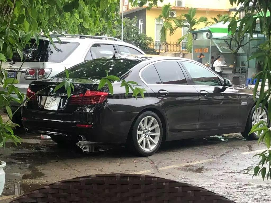 Bán BMW 5 Series 535i sản xuất 2014, màu nâu doanh nhân, mới 98% (4)