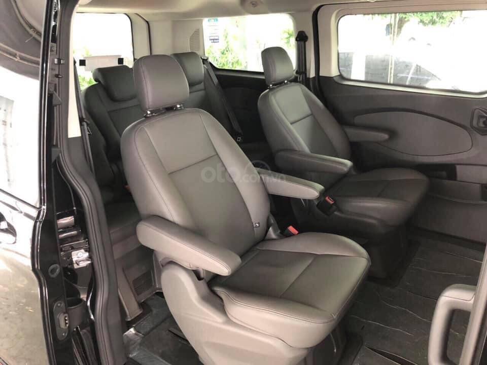 Bán Ford Tourneo đủ màu giao ngay - nhiều ưu đãi hấp dẫn (7)