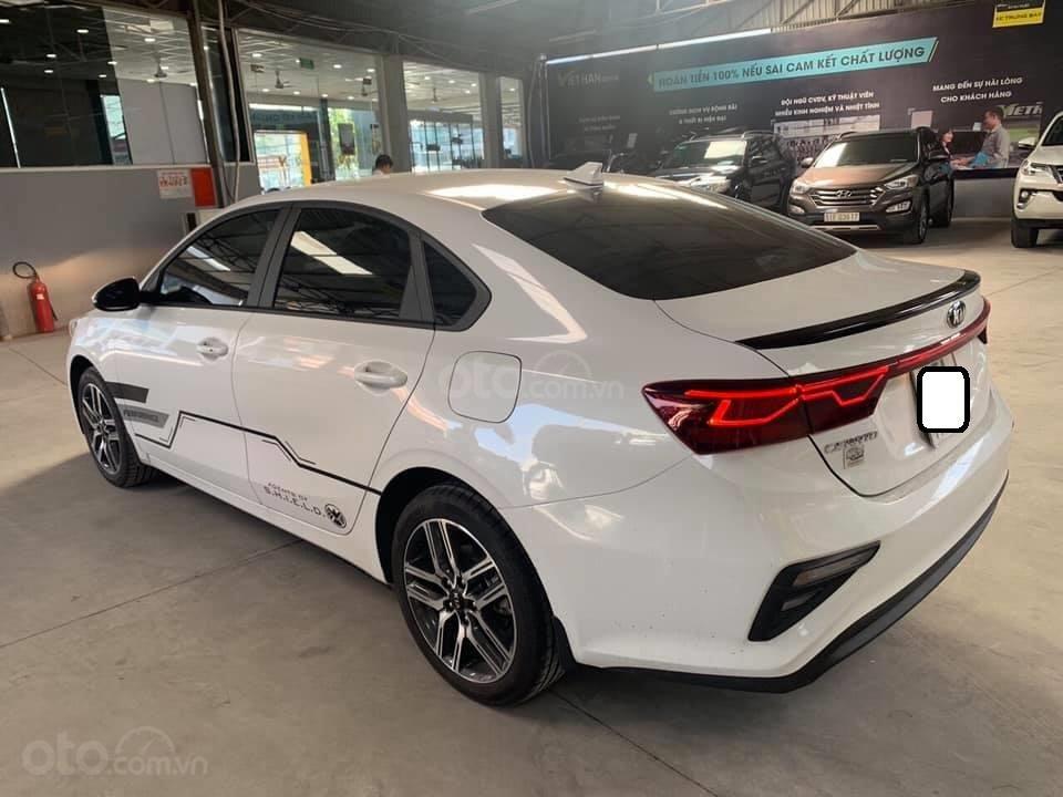 Bán xe Kia Cerato form mới, sản xuất năm 2018, đăng ký 2019, số sàn, màu trắng, 538 triệu (2)