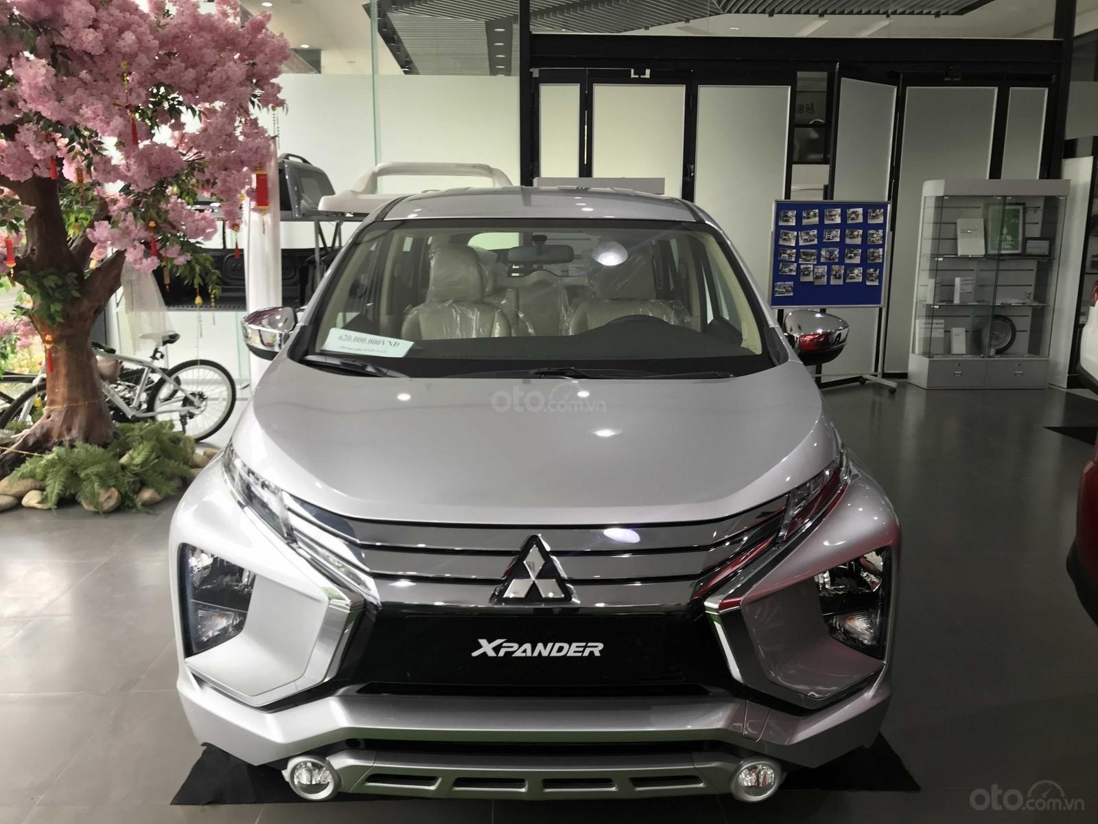 Bán xe Mitsubishi Xpander sản xuất 2019, màu bạc nhập khẩu giá 620 triệu tại Hà Nam. Hotline 0968.088.068 (2)