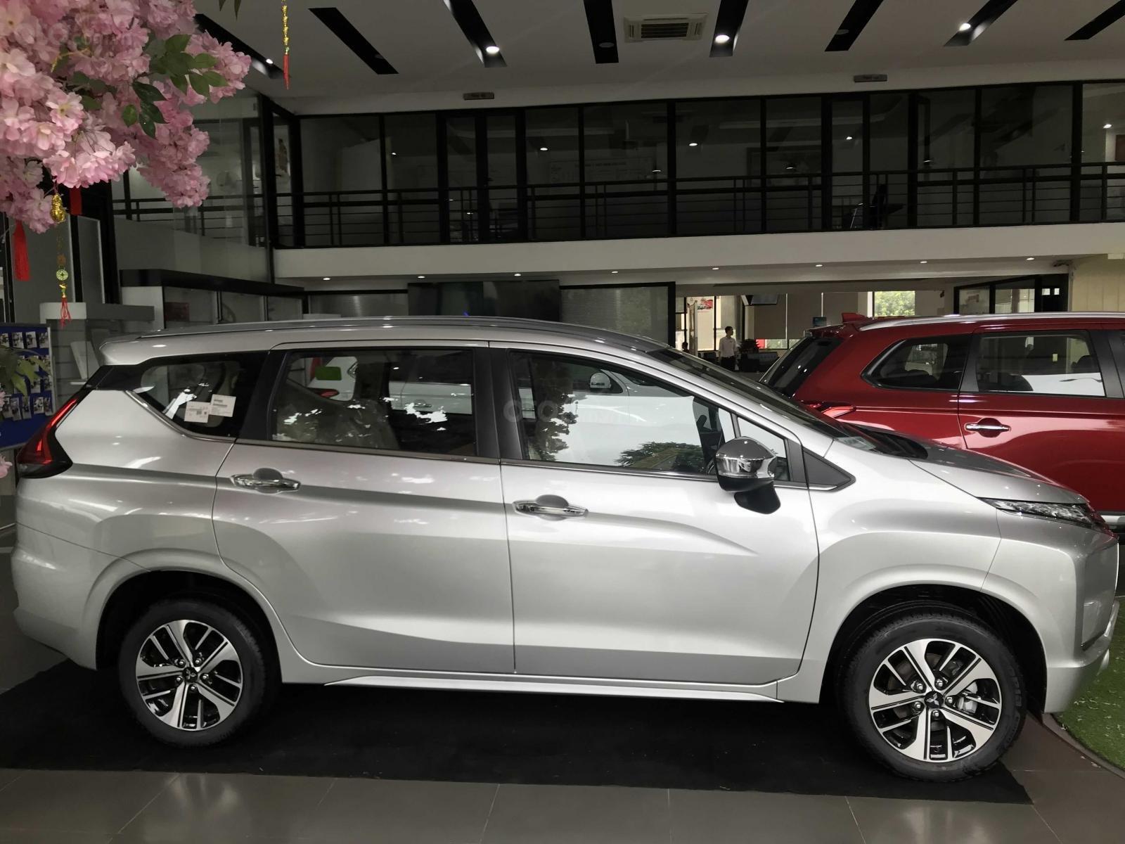 Bán xe Mitsubishi Xpander sản xuất 2019, màu bạc nhập khẩu giá 620 triệu tại Hà Nam. Hotline 0968.088.068 (1)