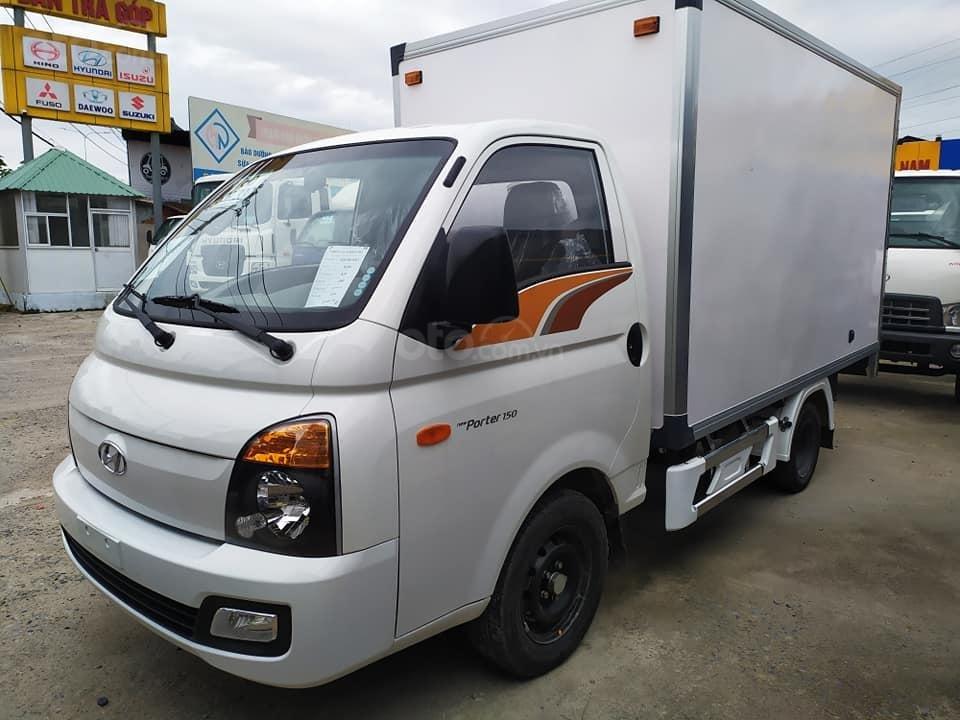 Bán Hyundai Porter H150 đông lạnh 2019, khuyến mãi lớn tháng 11 (1)