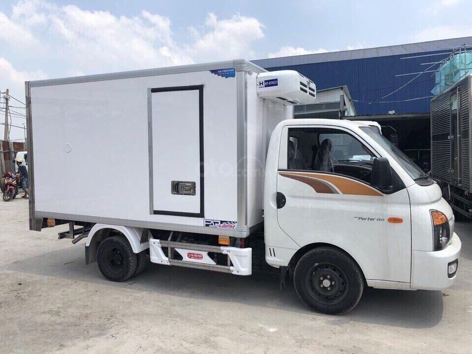Bán Hyundai Porter H150 đông lạnh 2019, khuyến mãi lớn tháng 11 (2)