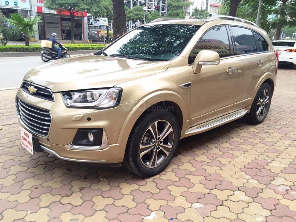 Chevrolet Captiva LTZ sản xuất 2017 mầu vàng cát, odo 26000km (3)