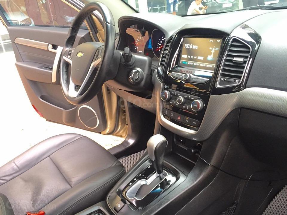 Chevrolet Captiva LTZ sản xuất 2017 mầu vàng cát, odo 26000km (13)