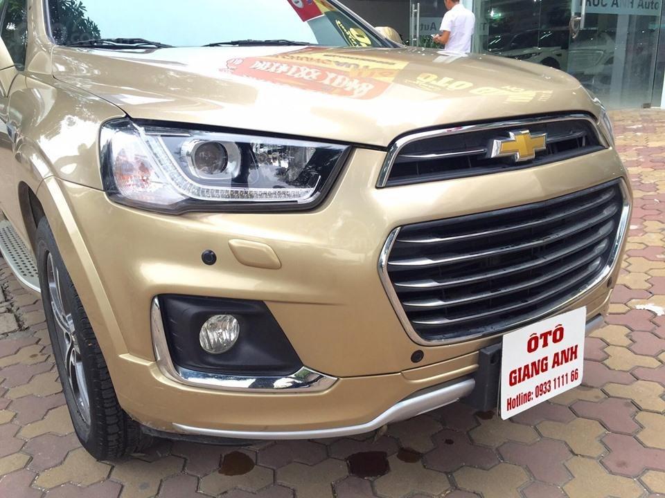 Chevrolet Captiva LTZ sản xuất 2017 mầu vàng cát, odo 26000km (4)