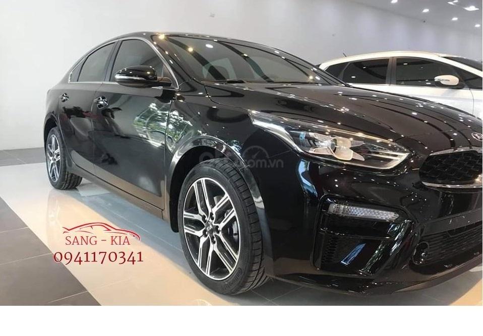 Chiêm ngưỡng nội, ngoại thất của chiếc Sedan mới nhất thị trường (1)