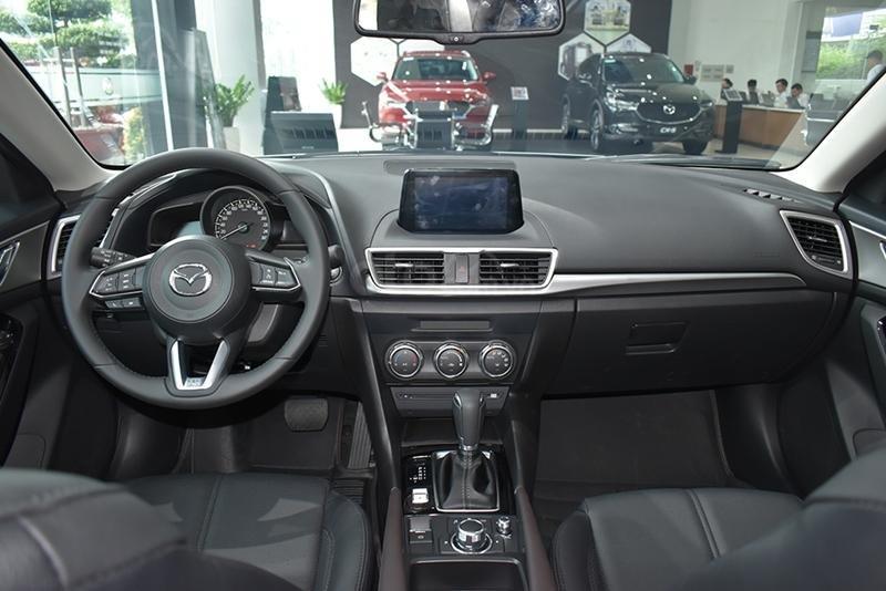 Xe Mazda 3 1.5L SX 2019 - sẵn xe đủ màu giao ngay, hỗ trợ trả góp 90%, cam kết giá tốt nhất Hà Nội, hotline 0968883558 (3)
