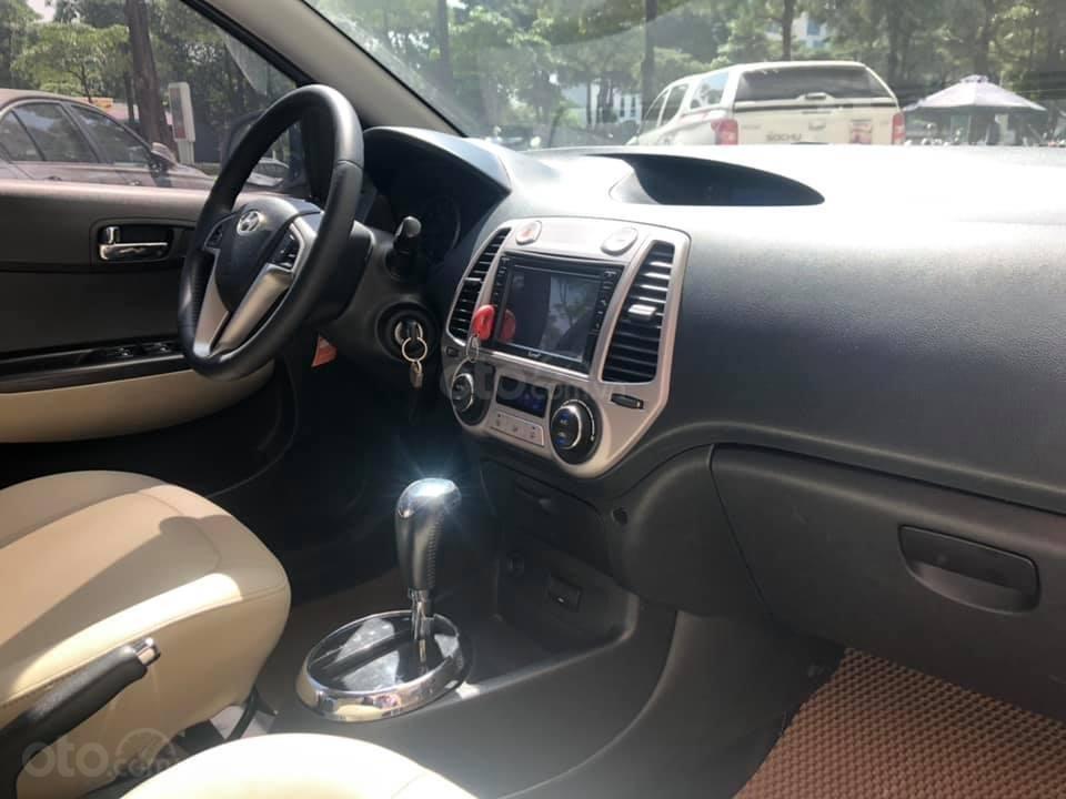 Bán Hyundai i20 1.4AT sản xuất 2012, màu trắng, xe nhập, giá tốt (2)