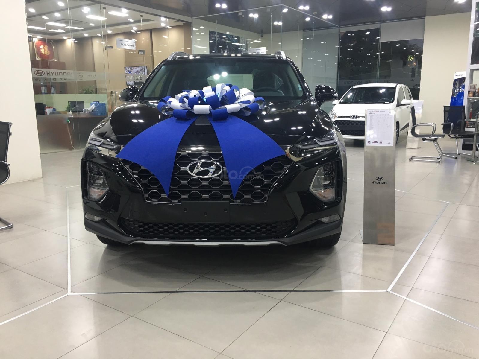Hyundai Santa Fe bản đặc biệt, sẵn xe giao ngay, giá cực tốt, KM khủng trả góp chỉ 250tr nhận xe (1)
