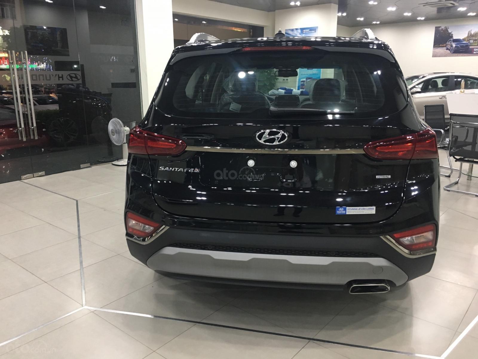 Hyundai Santa Fe bản đặc biệt, sẵn xe giao ngay, giá cực tốt, KM khủng trả góp chỉ 250tr nhận xe (5)