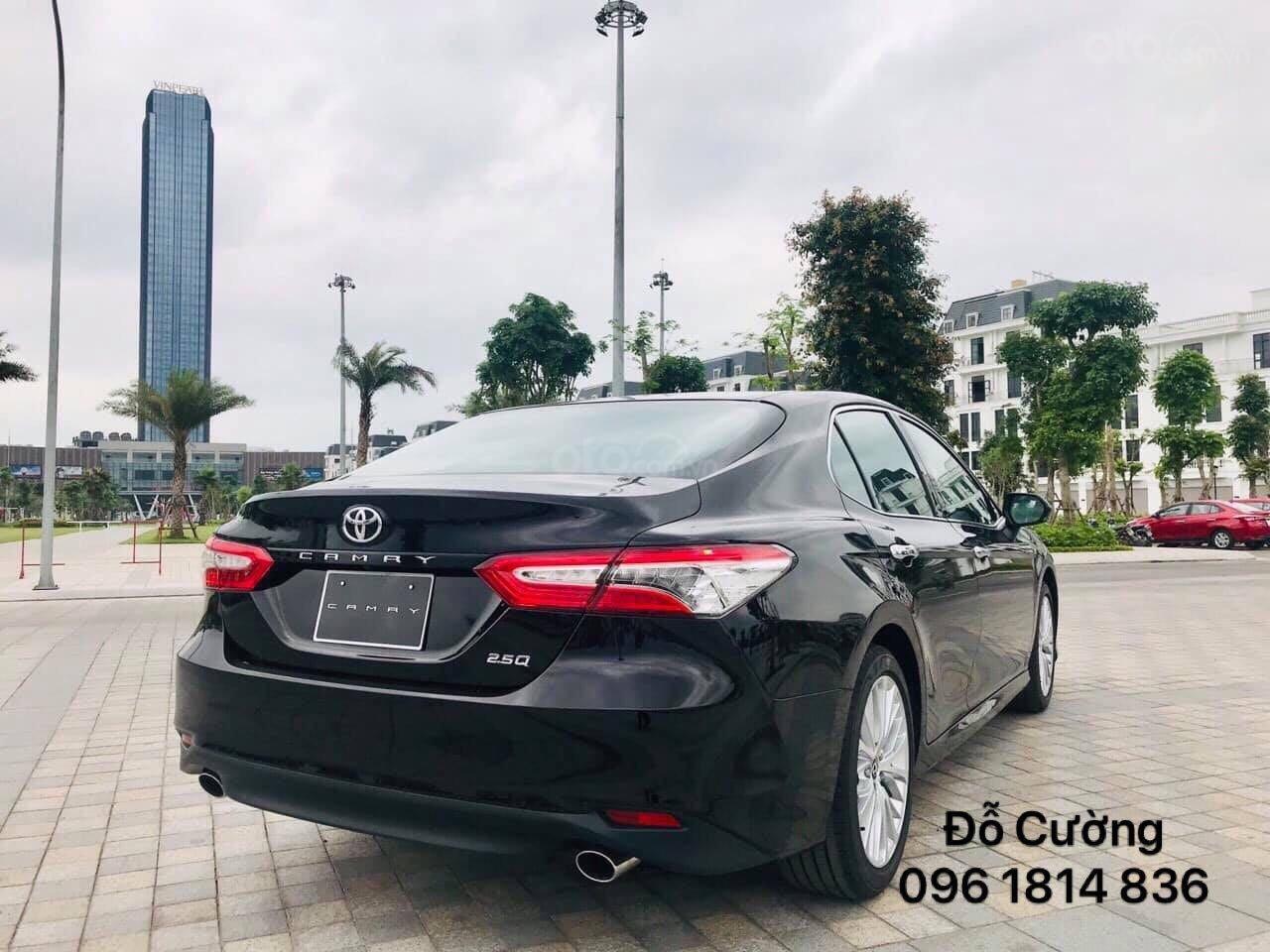 Bán Toyota Camry 2.5Q màu đen, nhập khẩu nguyên chiếc giao ngay - 0961814836 - Đỗ Cường (3)