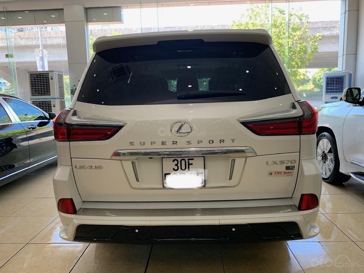 Bán ô tô Lexus LX super sport model 2017, đăng ký 2019 màu trắng, nhập khẩu, mới 99% (5)