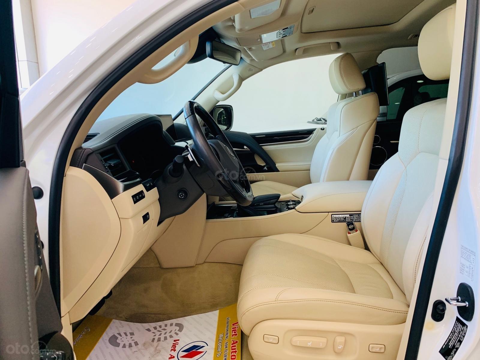 Bán ô tô Lexus LX super sport model 2017, đăng ký 2019 màu trắng, nhập khẩu, mới 99% (9)