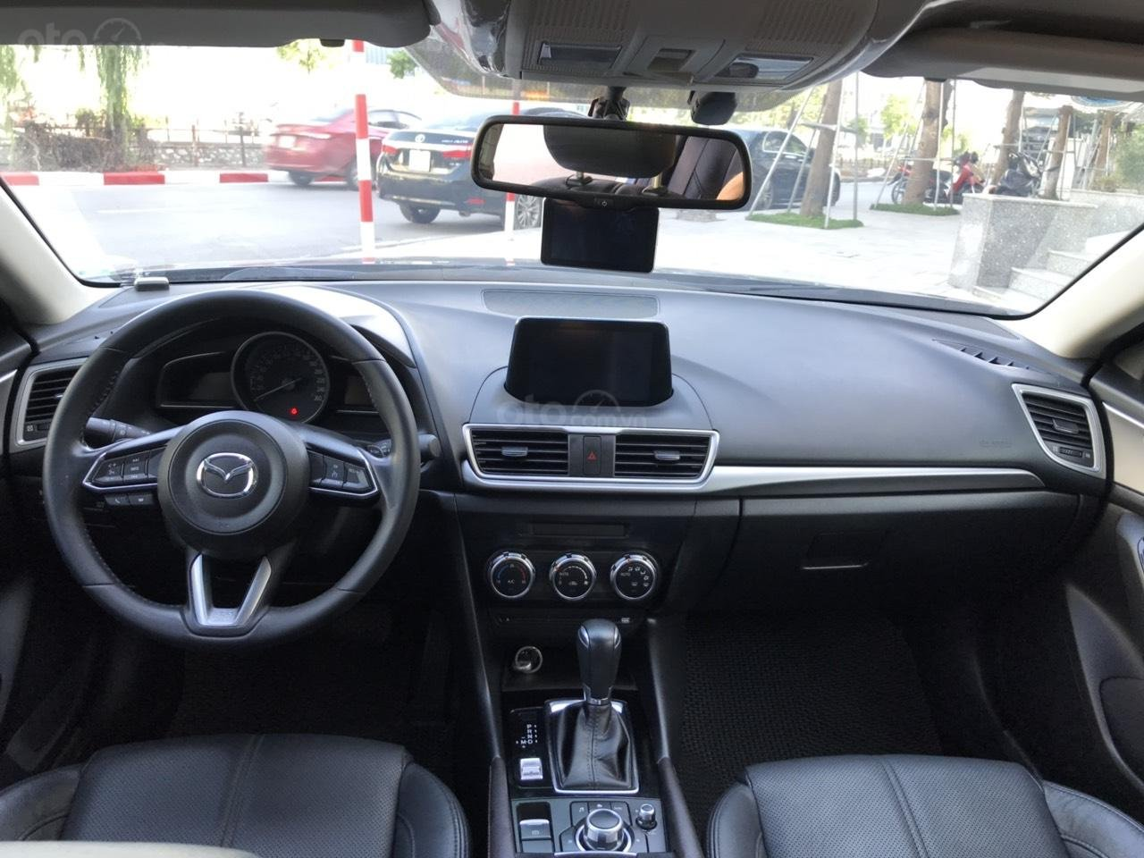 ManyCar bán Mazda 3 sedan model 2018, xe đẹp đi ít (2)