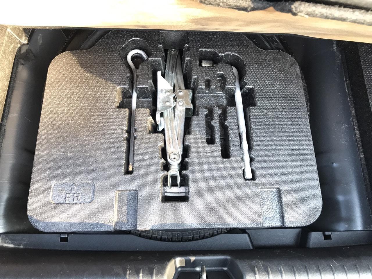 Cần bán Honda Civic 2.0AT sản xuất năm 2008, màu đen, chính chủ, xe tuyển (22)
