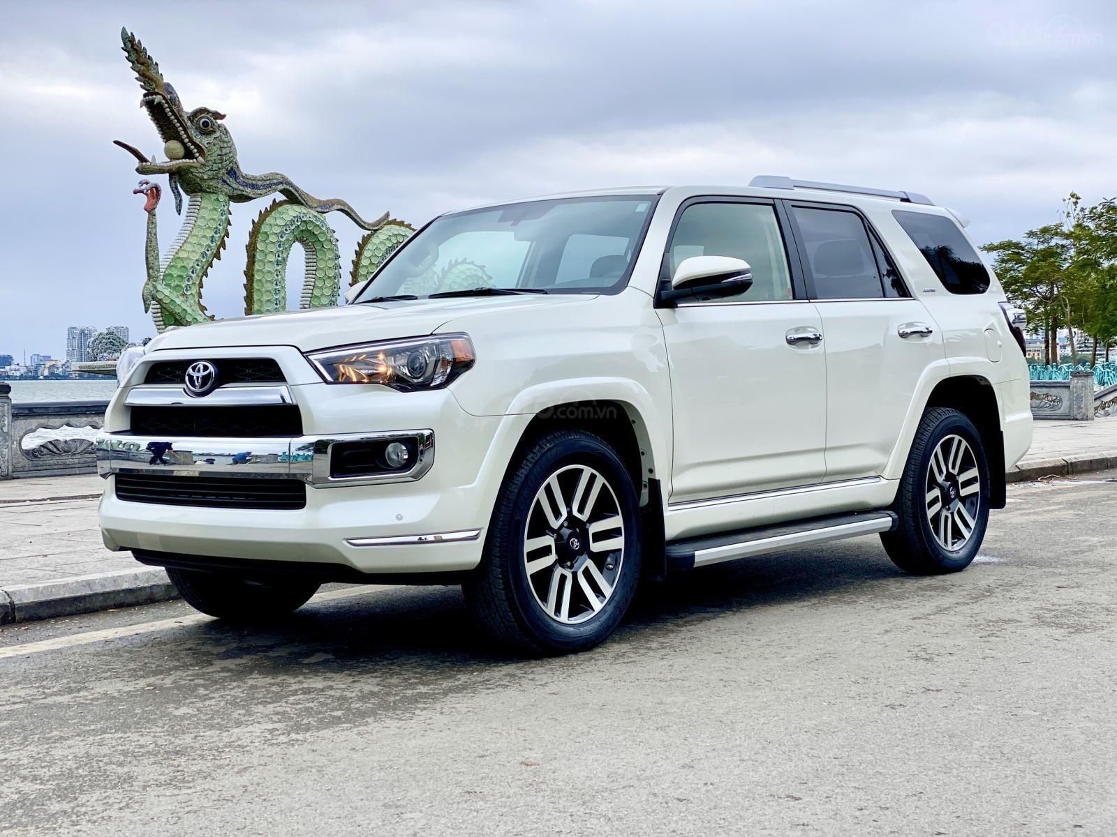 Cần bán Toyota 4 Runner Limited đời 2018, màu trắng, xe nhập (2)