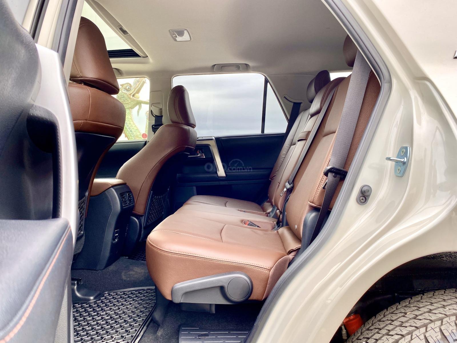 Cần bán Toyota 4 Runner Limited đời 2018, màu trắng, xe nhập (10)