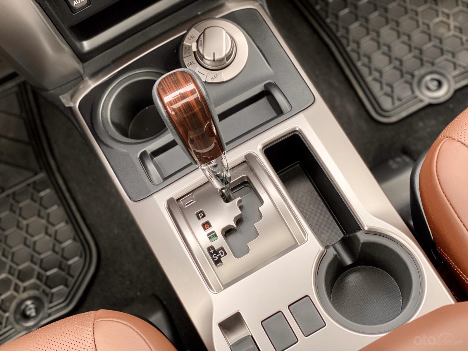 Cần bán Toyota 4 Runner Limited đời 2018, màu trắng, xe nhập (22)