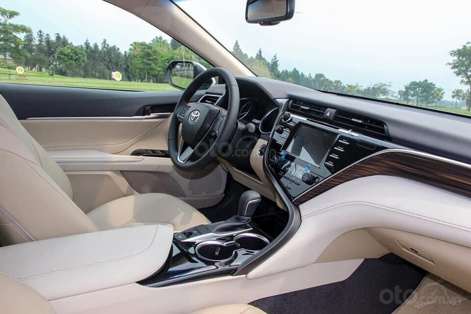 Bán Toyota Camry 2.5Q màu đen, nhập khẩu nguyên chiếc giao ngay - 0961814836 - Đỗ Cường (5)