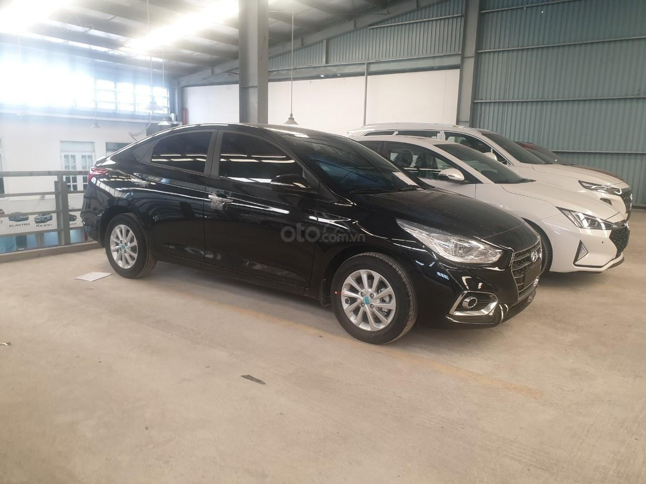 Bán Hyundai Accent số 2019, đủ màu trả trước 150tr, liên hệ Mr. Quang 0936167272 (2)