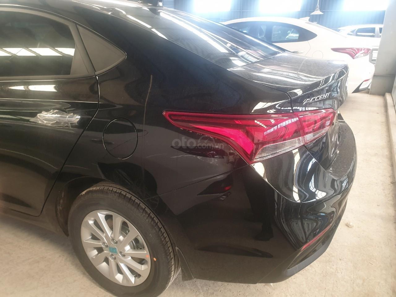 Bán Hyundai Accent số 2019, đủ màu trả trước 150tr, liên hệ Mr. Quang 0936167272 (4)