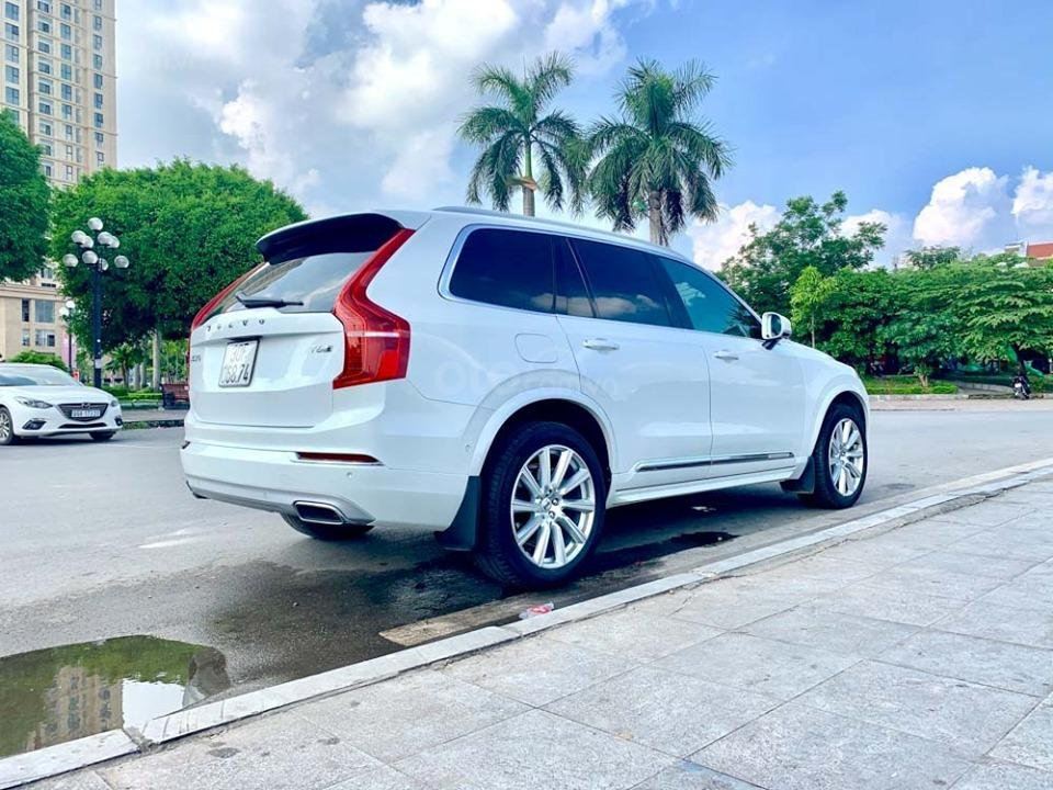 Bán Volvo XC90 T6 Inscription năm sản xuất 2017, màu trắng, nhập khẩu nguyên chiếc (4)