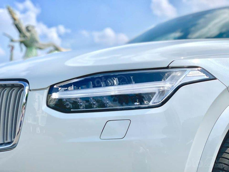Bán Volvo XC90 T6 Inscription năm sản xuất 2017, màu trắng, nhập khẩu nguyên chiếc (6)
