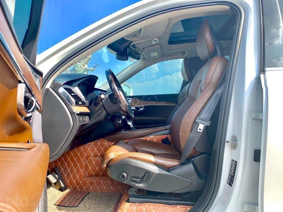 Bán Volvo XC90 T6 Inscription năm sản xuất 2017, màu trắng, nhập khẩu nguyên chiếc (2)