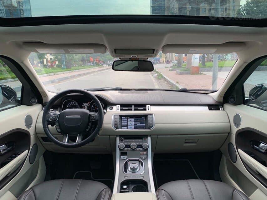 Cần bán xe LandRover Evoque Prestige Luxury Si4 năm sản xuất 2014, màu đen, nhập khẩu nguyên chiếc (7)