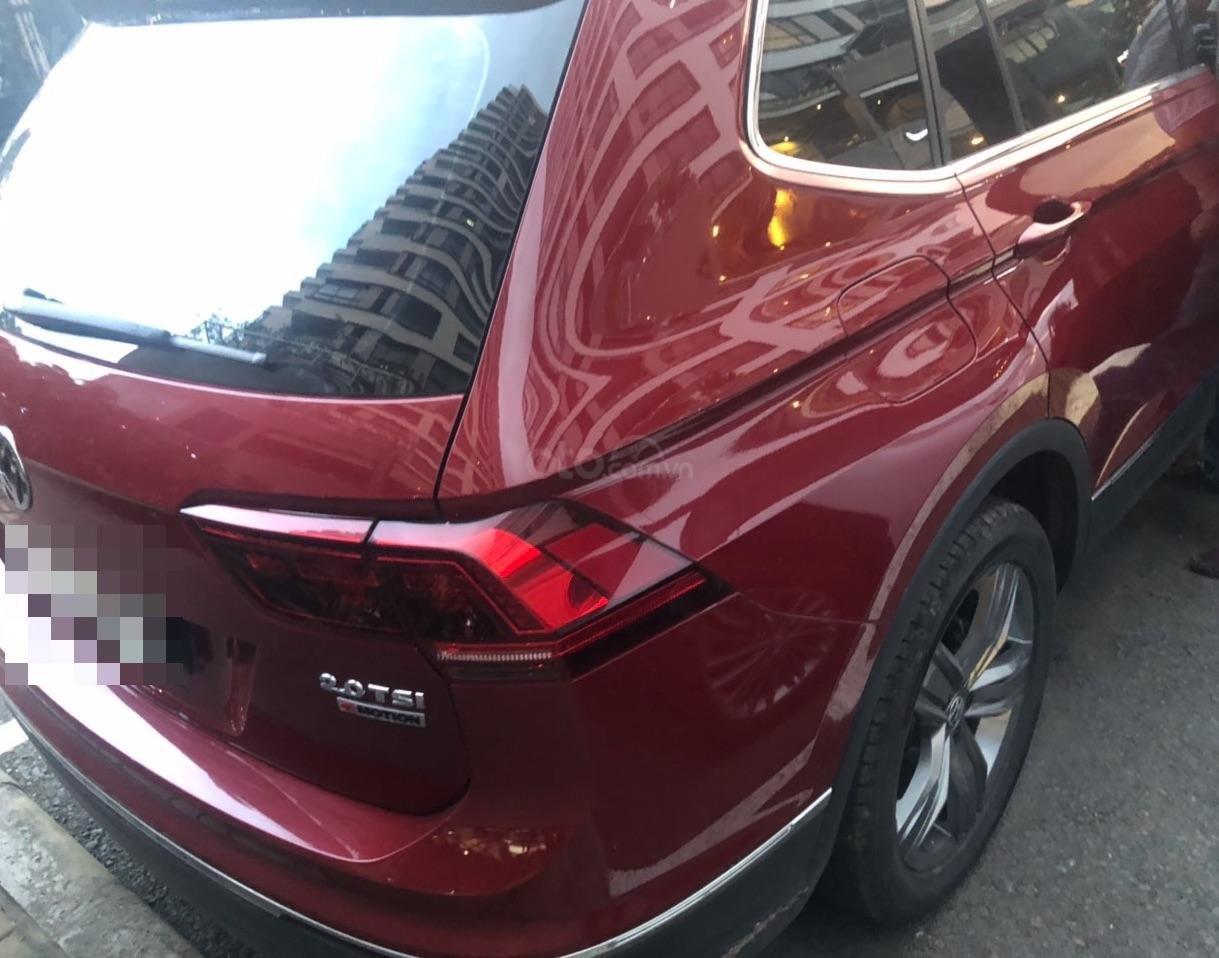 Lên đời bán SUV 7 chỗ VW Tiguan Highline đỏ rượu vang, đăng ký 2019, đi mới 15.000km (4)