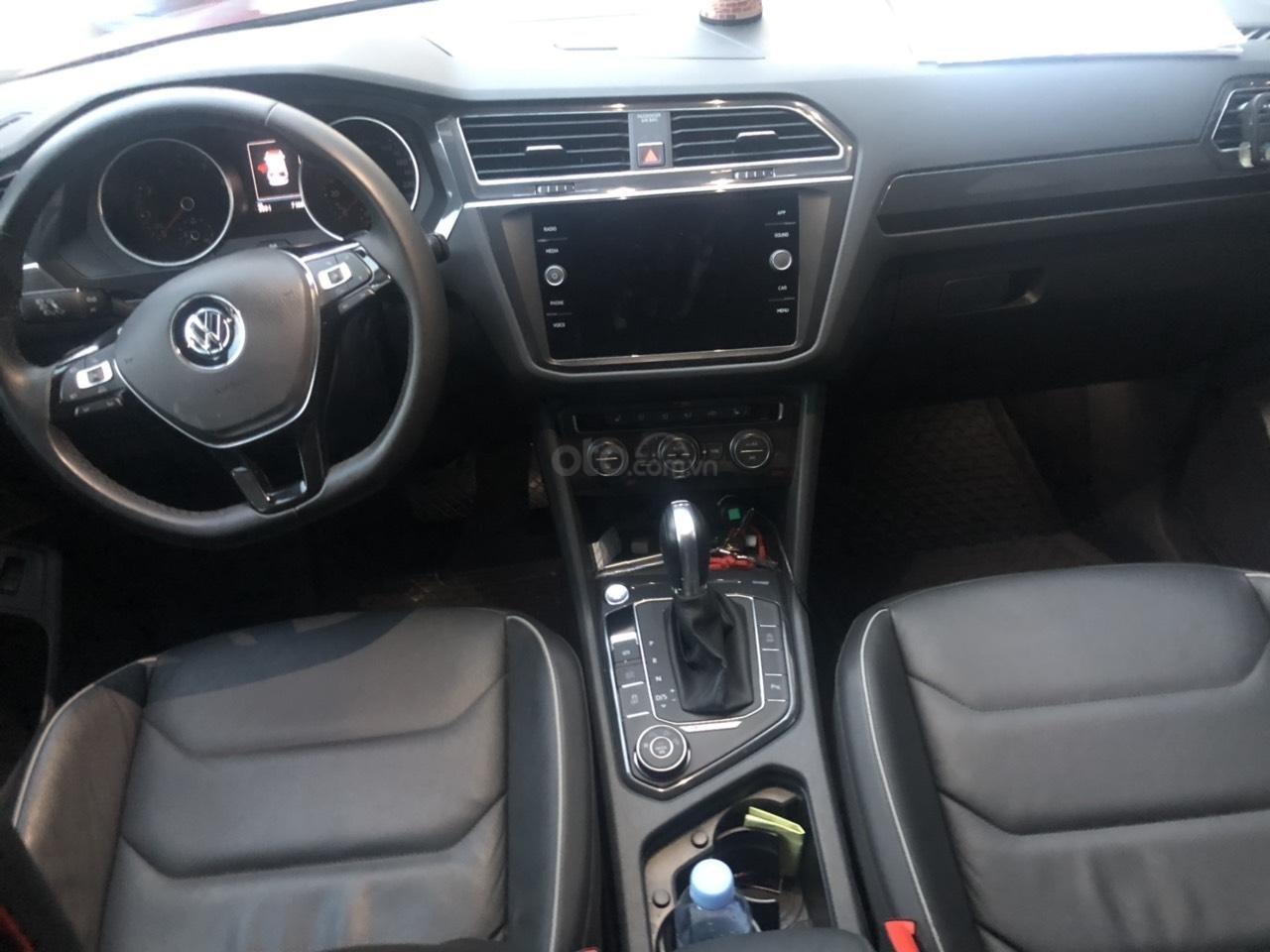 Lên đời bán SUV 7 chỗ VW Tiguan Highline đỏ rượu vang, đăng ký 2019, đi mới 15.000km (5)