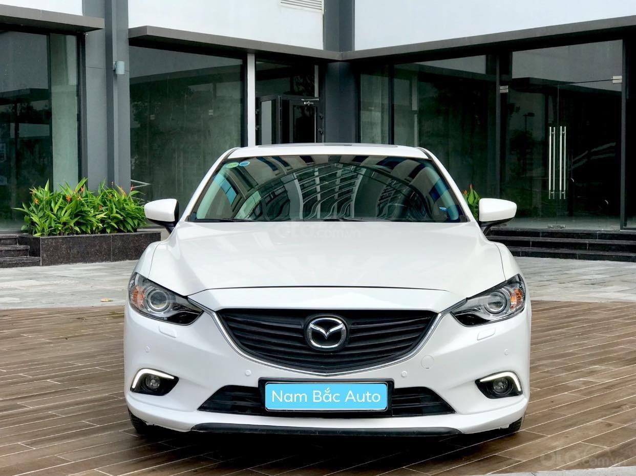 Cần bán Mazda 6 2.0 sản xuất 2016, màu trắng (1)