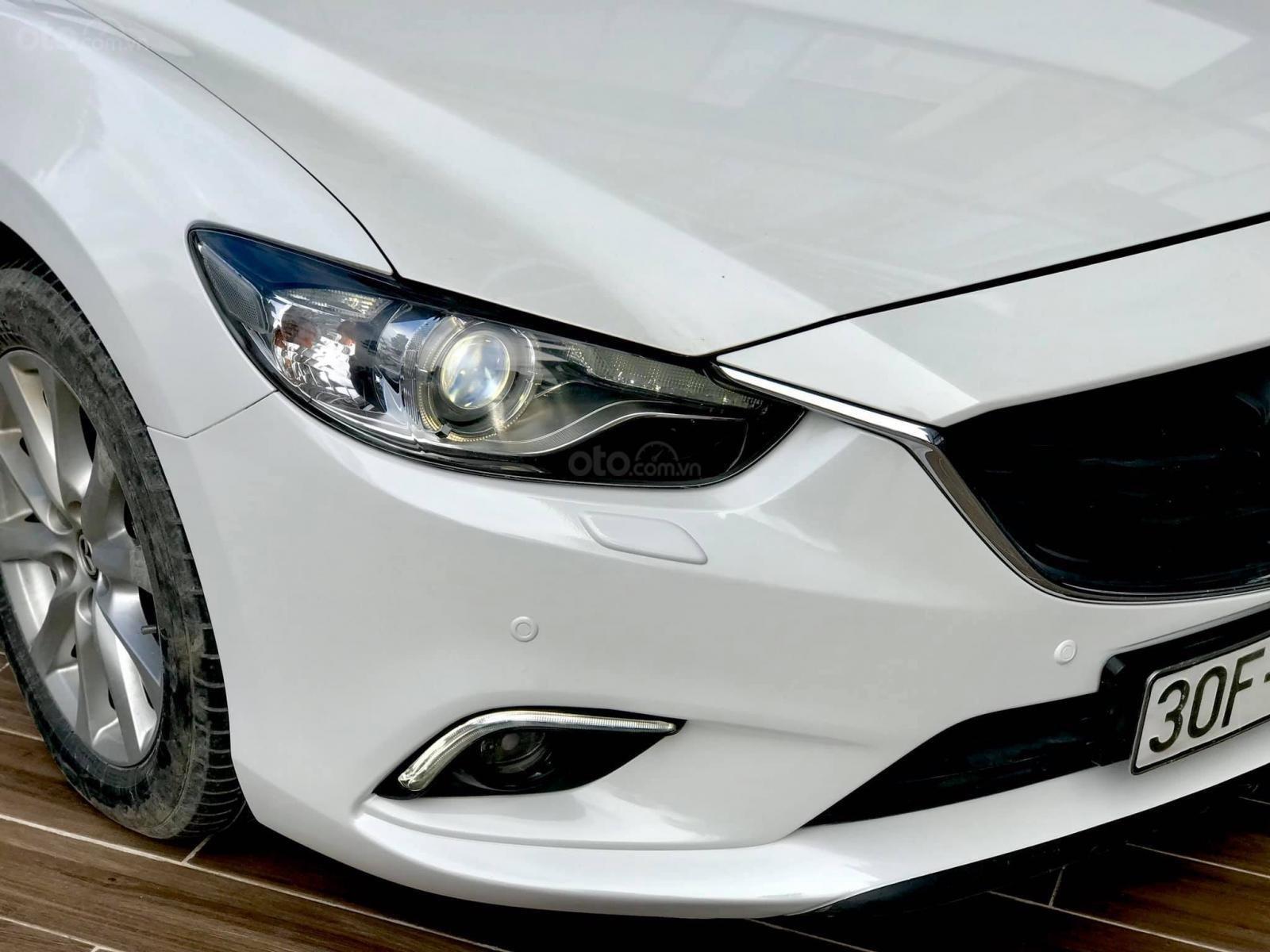Cần bán Mazda 6 2.0 sản xuất 2016, màu trắng (5)