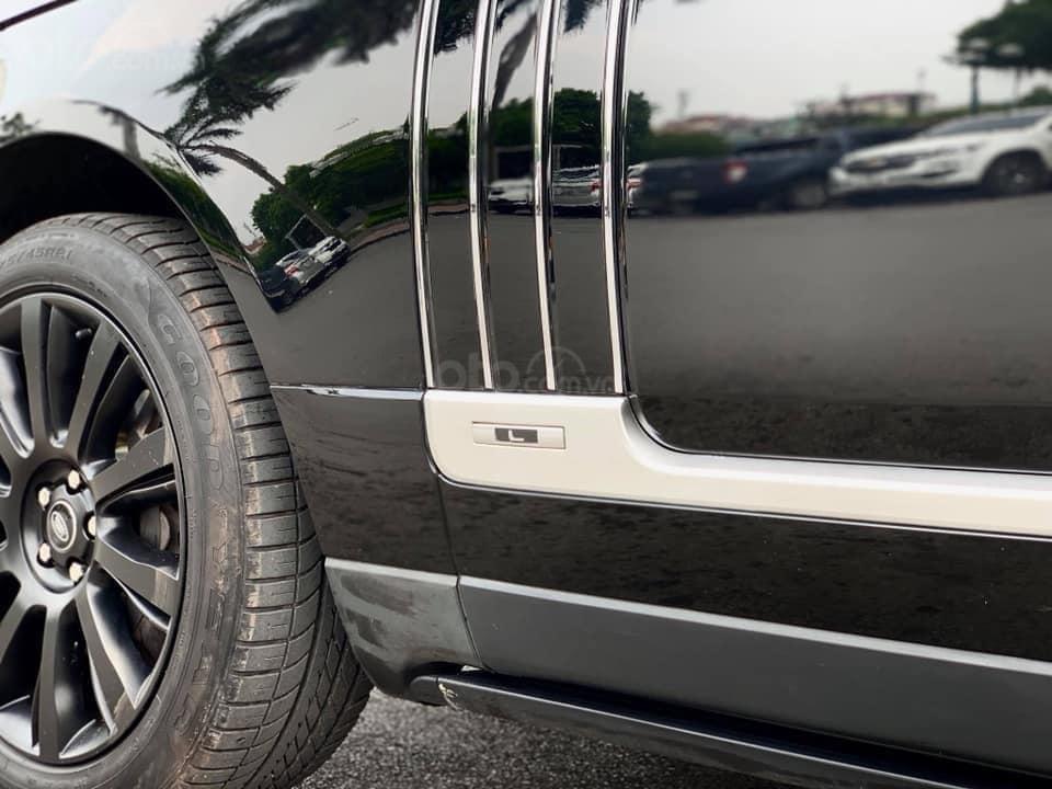 Bán LandRover Range Rover Autobiography LWB 5.0 sản xuất năm 2014, màu đen, nhập khẩu nguyên chiếc (13)