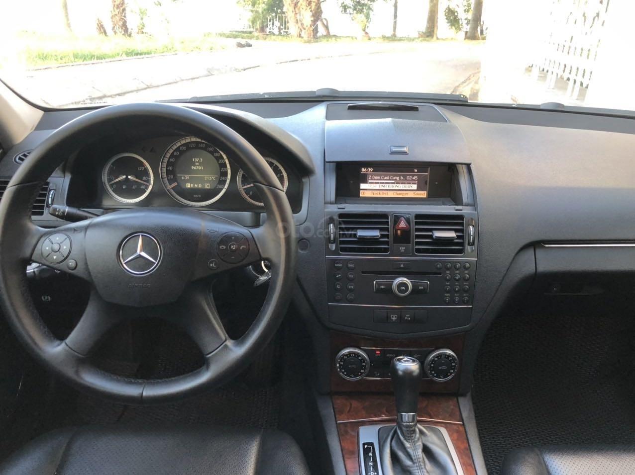 Bán xe Mercedes-Benz C class đăng ký lần đầu 2008, mới 95% giá tốt 415 triệu đồng (5)