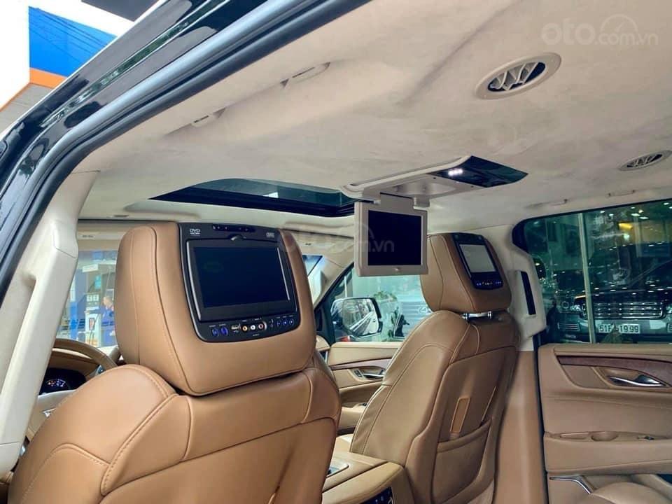 Bán xe Cadillac Escalade ESV Platinum đời 2019, màu đen, xe nhập (6)