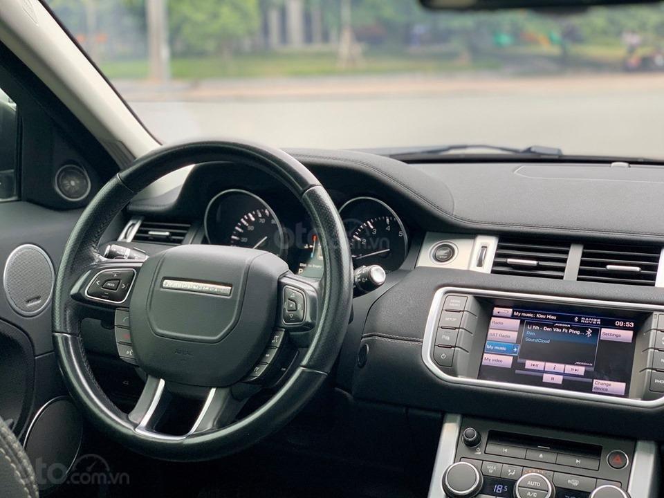 Cần bán LandRover Evoque Dynamic sản xuất năm 2012, màu trắng, nhập khẩu nguyên chiếc (10)