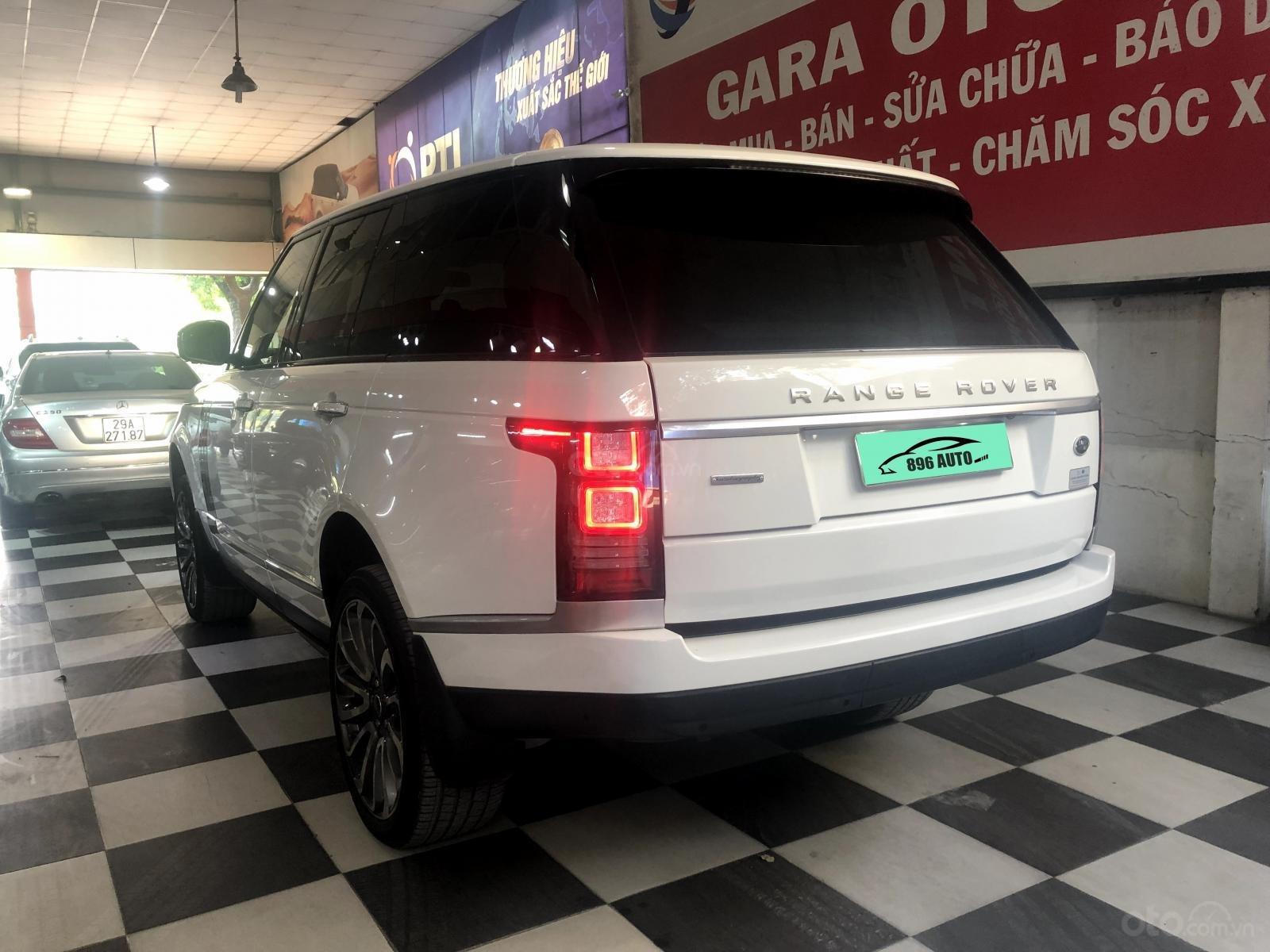 Giao ngay LandRover Range Rover 5.0L đời 2015, màu trắng da bò, uy tín giá tốt (5)